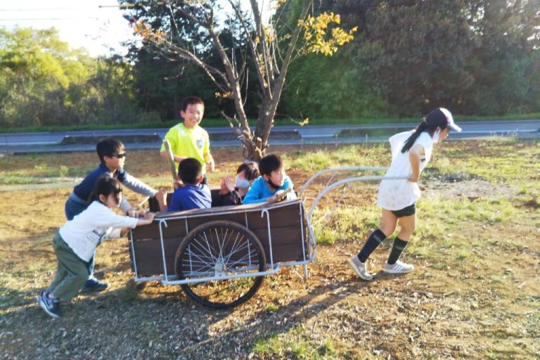 """アートガーデン""""遊べる畑""""づくりプロジェクト"""